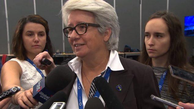 أنييس مالتيه النائبة عن الحزب اليبيكي تتحدّث خلال مؤتمر الحزب في مونتريال/Radio-Canada