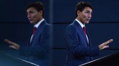 رئيس الحكومة الكنديّة جوستان ترودو يتحدّث خلال مؤتمر صحفي في اوتاوا/ Sean Kilpatrick/CP