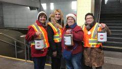 المستشارة في بلديّة لافال ألين ديب (الثانية من اليسار) تشارك في حملة الاعلاميّين لجمع التبرّعات في كيبيك/Facebook
