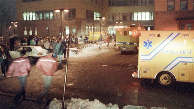 معهد بوليتكنيك في 06-12-1989/ PC/Shaney Komulainen