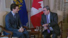 رئيس الحكومة الكنديّة جوستان ترودو (إلى اليسار) وعمدة كيبيك ريجيس لابةم/ Veronica Lê Huu/Radio-Canada