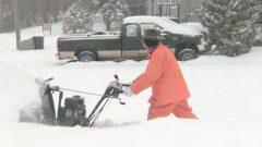 إزالة الثلوج من الطرقات والمنازل/راديو كندا