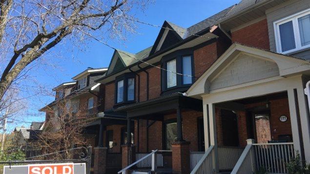 منزل معروض للبيع في تورونتو/هيئة الاذاعة الكنديّة/ (Mike Crawley/CBC