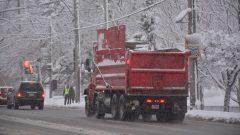 إنها المرة السابعة التي تتحرك فيها كاسحات بلدية مونتريال لإزالة الثلوج في الطرقات منذ بدء الموسم الشتوي الحالي وهي المرة الخامسة منذ مطلع العام الحالي حقوق الصورة: هيئة الإذاعة الكندية