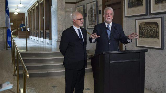 رئيس حكومة كيبك فيليب كويار ووزير المالية كارلوس ليتاوو/راديو كندا