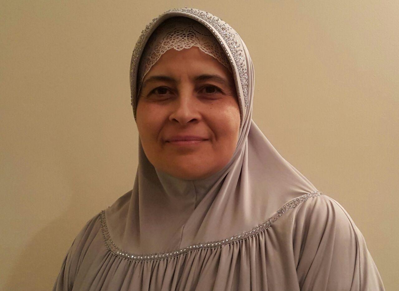 رئيسة المركز الاسلامي في اوتاوي حياة لعقوني/تقديم المركز الاسلامي في اوتاواي