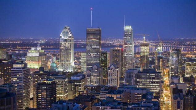وسط مدينة مونتريال التجاري/راديو كندا