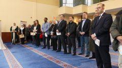"""مشاركون في يوم """"الأبواب المفتوحة"""" في المركز الاسلامي في اوتاوي/ Emmanuel Allard/CIO"""