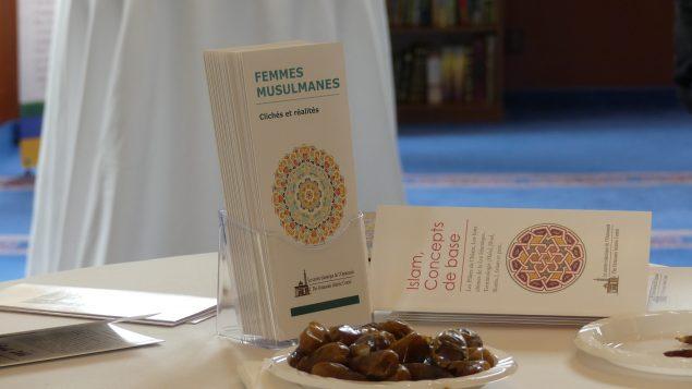 منشورات في يوم الأبواب المفتوحة في المركز الاسلامي في اوتاوي/ Emmanuel Allard/CIO