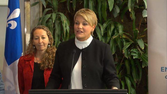 وزيرة البيئة قي كيبك إيزابيل ميلانسون تبدي تفاؤلا وتثمن الأعمال ولو كانت صغيرة/راديو كندا