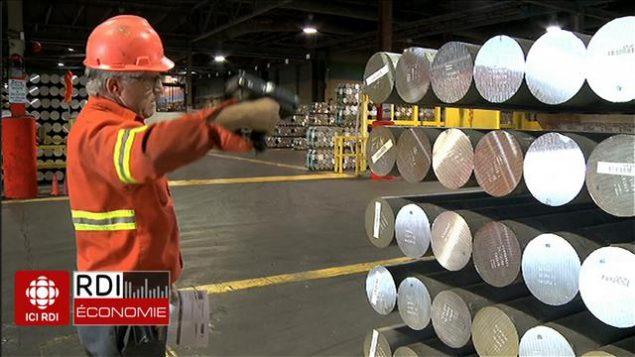 عمال كنديون من بي كومو إلى هاملتون قلقون يترقبون قرار الرئيس الأميركي/راديو كندا