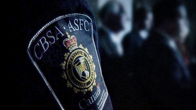 عناصر خدمة الحدود الكندية تشدد الإجراءات لمنع التحايل/راديو كندا