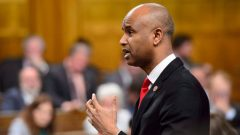 وزير الهجرة الكندي أحمد حسين/Sean Kilpatrick