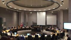 انعقاد المجلس البلدي لمدينة أوتاوا لمناقشة ملف النفايات البلاستيكية/راديو كندا
