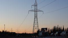 خطوط نقل الكهرباء/Lars Hagberg/CP