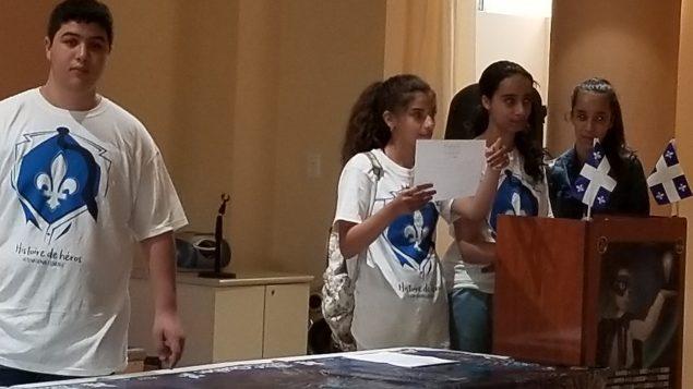 متطوّعون يشاركون في الاحتفال الذي أقامه المركز الاسلامي في اوتاوي بمناسبة عيد كيبيك الوطني في 24-06-2018/المركز الاسلامي في اوتاوي
