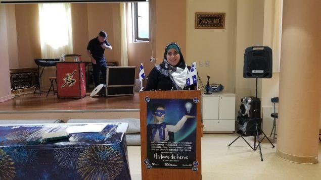 السيّدة سوزان عثمان نائبة رئيس المركز الاسلامي في اوتاوي تلقي كلمة خلال احتفال المركز بعيد كيبيك الوطني في 24-06-2018/المركز الاسلامي في اوتاوي