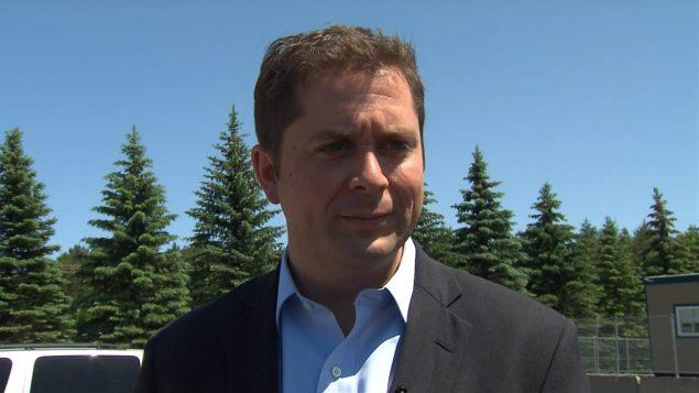 زعيم حزب المحافظين في مجلس العموم الكندي زعيم المعارضة الرسمية أندرو شير دعم موقف جوستان ترودو/راديو كندا