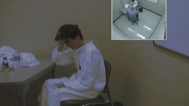 الكساندر بيسونيت يخضع للاستجواب في مقرّ شرطة كيبيك في 30-01-2017/interrogatoire