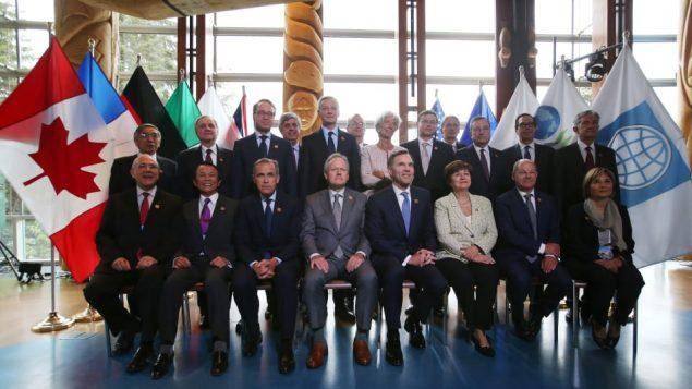 وزراء مالية الدول الصناعية الكبرى الذين اجتمعوا قبل القمة أثبتوا أن الولايات المتحدة معزولة أكير فأكثر/راديو كندا