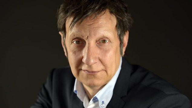 المخرج الكندي العالمي روبير لوباج يرد على منع عرض سلاف ويندد بخطاب عدم التسامح/راديو كندا