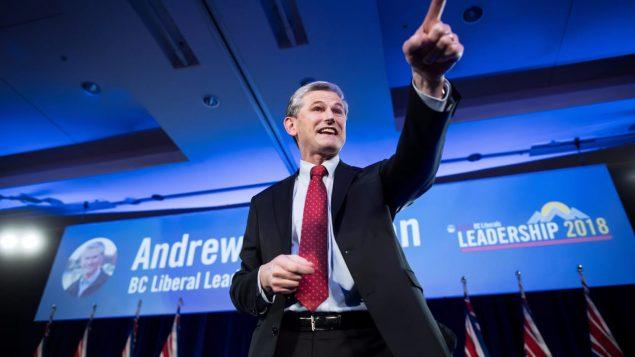 زعيم الحزب الليبرالي زعيم المعارضة أندرو ويلكنسون ينتقد الحكومة ويتهمها بمحاباة النقابات/راديو كندا