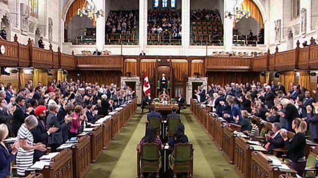 إجماع برلماني على تأييد مواقف جوستان ترودو في وجه إجرءات ترامب/راديو كندا