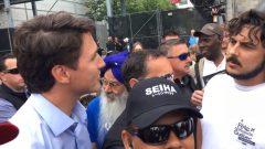 دافع رئيس الوزراء الكندي جوستان ترودو عن وجوده في مونتريال للمشاركة في احتفالات عيد كيبيك الوطني في الوقت الذي اعترض فيه أحد المعارضين السياسيين على هذا الوجود. حقوق الصورة: هيئة الإذاعة الكندية