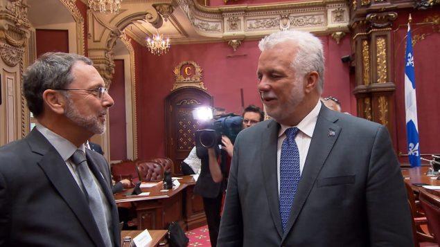 فيليب كويار مع رئيس مجلس أصحاب الأعمال إيف توماس دورفال/راديو