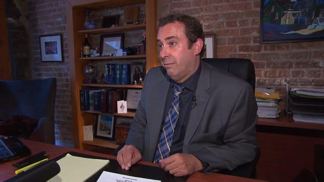 المحامي الأخصائي بقضايا الهجرة ستيفان هادفيلد يطلب من الحكومة الكندية تعليق الاتفاق مع الولايات المتحدة/راديو كندا