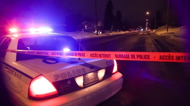 مداهمة للشرطة في أعقاب الهحوم الذي استهدف مركزا ثقافيا إسلاميا في كيبيك/راديو كندا