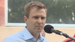 أكّد الزعيم الليبرالي برايان غالان أنه سيعلن عن مبادرات أخرى لتحقيق توازن الأجور خلال الحملة الانتخابية - Ed Hunter/CBC