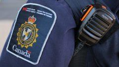 تفتيش الهواتف الذكية والأدوات الإلكترونية من قبل خدمات الحدود الكندية مثير للجدل/رويترز