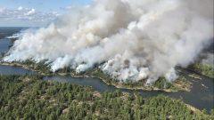 حرائق غابات في باري ساوند في مقاطعة اونتاريو في 18-07-2018/Dan Leonard/CP
