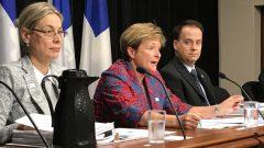 غيلان لوكلير (في الوسط) المدقّقة العامّة في الحسابات في مقاطعة كيبيك/Radio-Canada