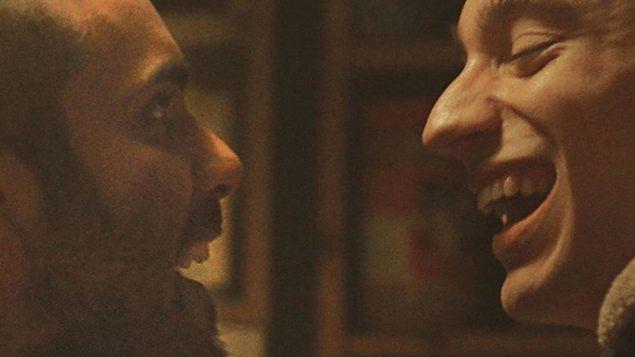 """يروي فيلم """"كلب حراسة"""" للمخرجة الكيبيكية صوفي دوبوي قصة شقيقين من خلفية متواضعة في حي فردان في مدينة مونتريال - Bravo Charlie"""