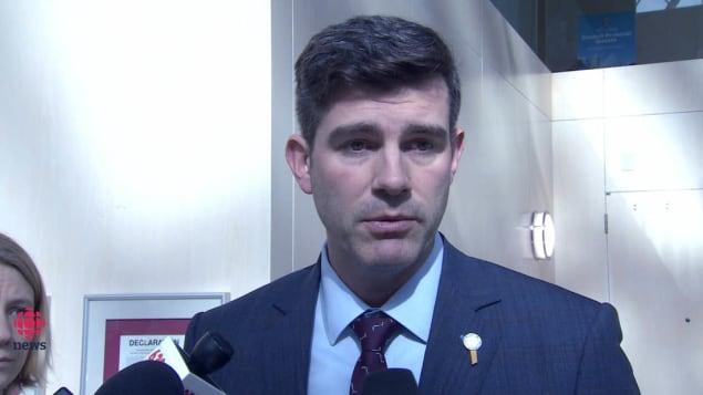 عمدة مدينة إدمنتون دون إيفسون يعتبر أن المجلس البلدي اعتمد حلا وسطا/راديو كندا