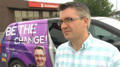 زعيم حزب تحالف الناس في نيوبرنسويك كريس أوستن له حظ كبير في الوصول للبرلمان/راديو كندا