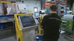 قطاعات البناء والبيع بالتجزئة والتصنيع الأكثر معاناة من نقص اليد العاملة - Carl Boivin/Radio Canada