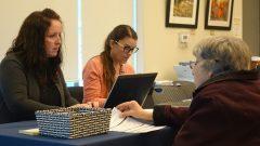 يُسمح بالتصويت الالكتروني في 179 بلدية في أونتاريو في الانتخابات البلدية التي ستجري يوم 22 تشرين الأول أكتوبر الجاري – Marie-Hélène Ratel/Radio Canada