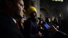 زعيم الجزب الديمقراطي الجديد جاغميت سينغ في مؤتمر صحافي أمام البرلمان في أوتاوا/راديو كندا