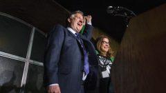 العمدة المنتخب لمدينة فانكوفر كنيدي ستيوارت الذي يضم مجلس بلديته غالبية من النساء/تينا لوفغرين