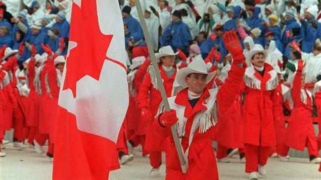جانب من حفل افتتاح الألعاب الأولمبية في كالغاري في العام 1988- CP/Paul Chiasson