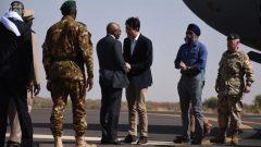 رئيس حكومة مالي سومايلو بوباي مايغا يستقبل رئيس الحكومة الكندي جوستان ترودو في قاعدة غاو - Radio Canada