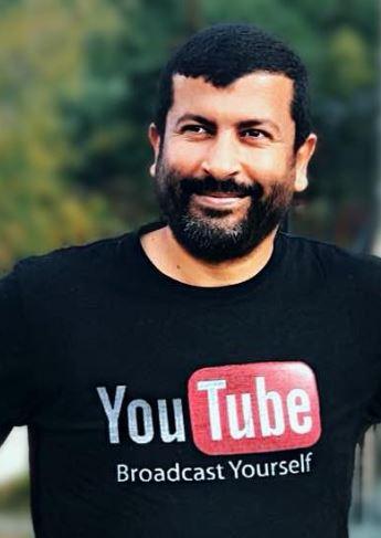 فاروق راحم، مدوّن يهتم بشؤون الهجرة إلى كيبيك وكندا - Facebook