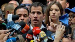 أعلن خوان غوايدو نفسه رئيسا بالوكالة في فنزويلا الأسبوع الماضي - AFP