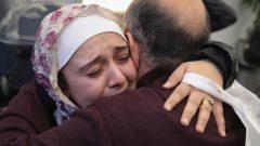 ويتعين على كل مهاجر يرغب في استقدام كلا الوالدين أن يكون دخله لا يقل عن 000 40 دولار سنويا خلال السنوات الثلاث الأخيرة - Getty Images / Scott Olson
