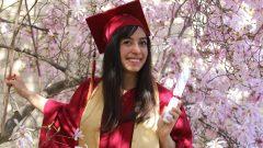 الشابّة السوريّة رهف زوين حصلت على شهادة في إدارة الفنادق والمنتجعات من معهد سيلكيرك في بريتيش كولومبيا/Kirsten Hildebrand