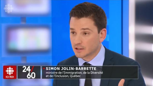 سيمون جولان باريت وزير الهجرة في كيبيك في مقابلة مع راديو كندا - Radio Canada