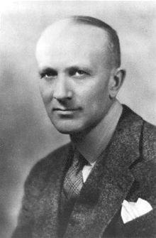 الدكتور وايلدر بنفيلد. أخذت الصورة حوالي عام 1934 (مكتبة ومحفوظات في كندا)